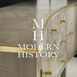 Modern History Home / Somerset Bay